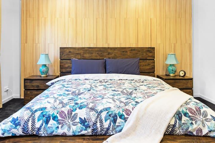 Olinda Village: Modern Two Bedroom Apartment - B2