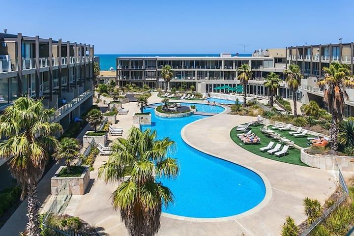 3 bedroom Penthouse Resort Apartment