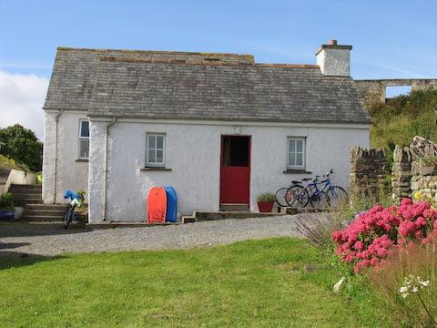 Casa de campo tradicional junto al mar acogedora