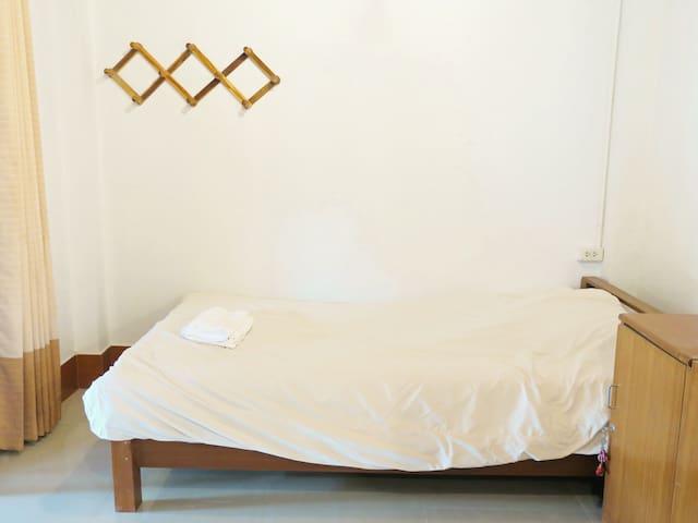 HuanKawin Est.58 Lanna Home: MixedDormitory4beds