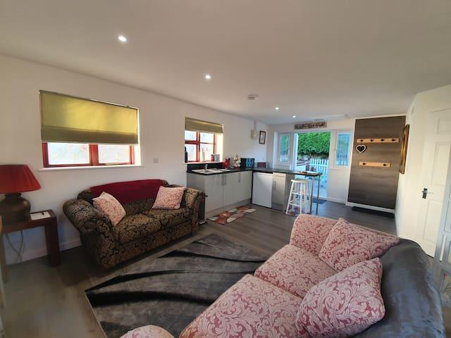 Living area looking towards kitchenette