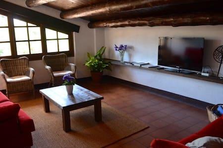 Casa Rural Pallars - Casa Parramon - Peramea