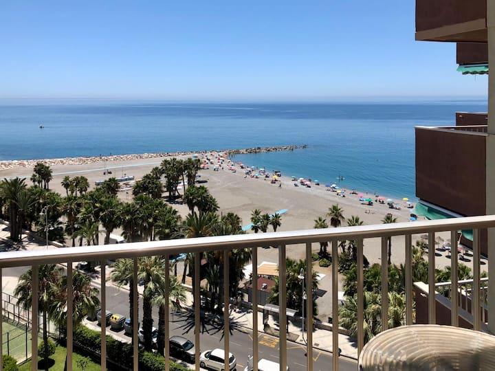 Beachfront, pool, wifi, parking