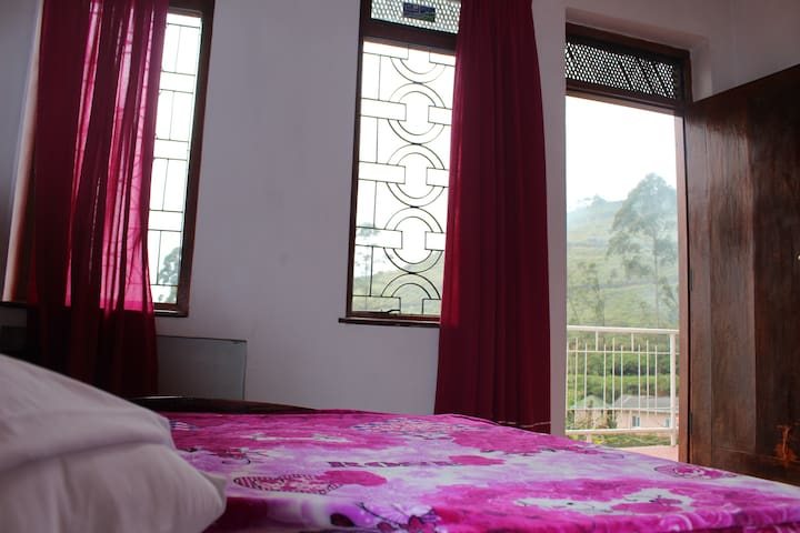 Farah Guest Inn