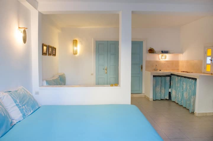 Studio 2/3 pers 2ème étage en Médina avec Terrasse