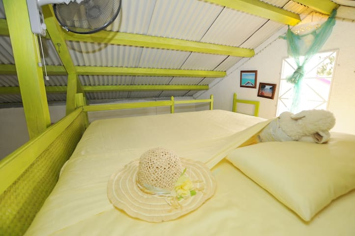 mezzanine for children as from 10 years on; large bed