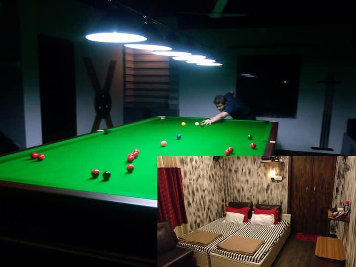 AR Lounge & Pool (r&r + b&b)