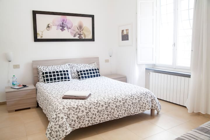 apartment with garden in central pisa