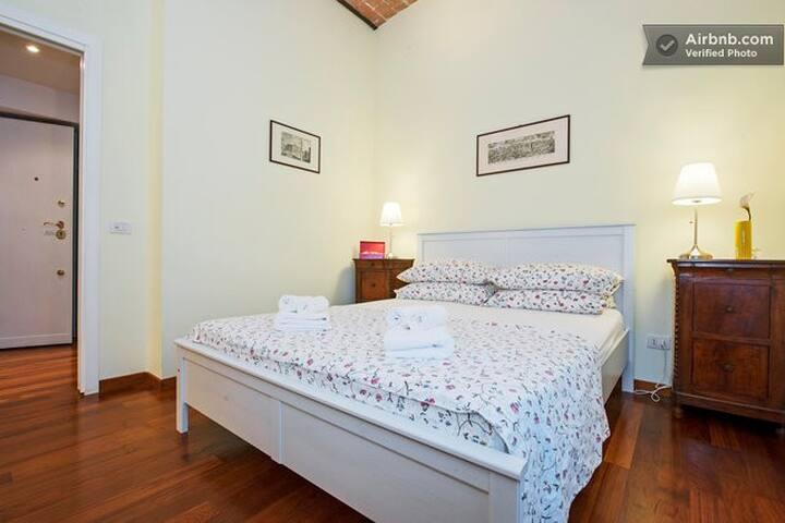 Romantic Double Room Vatican Center Rome