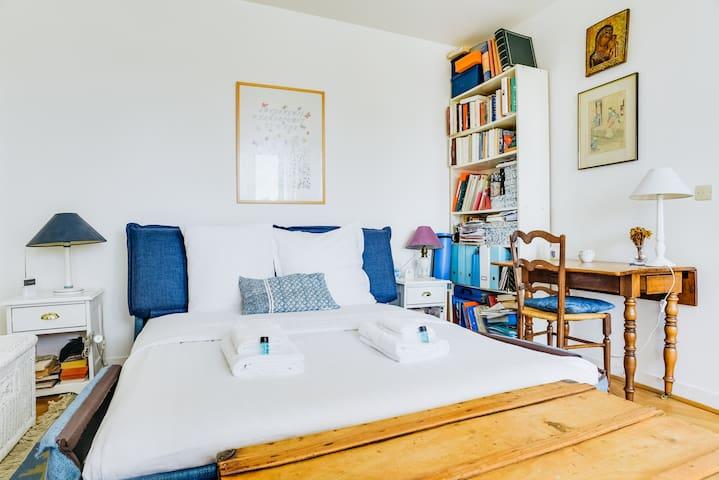 Appart cosy avec balcon idéalement situé