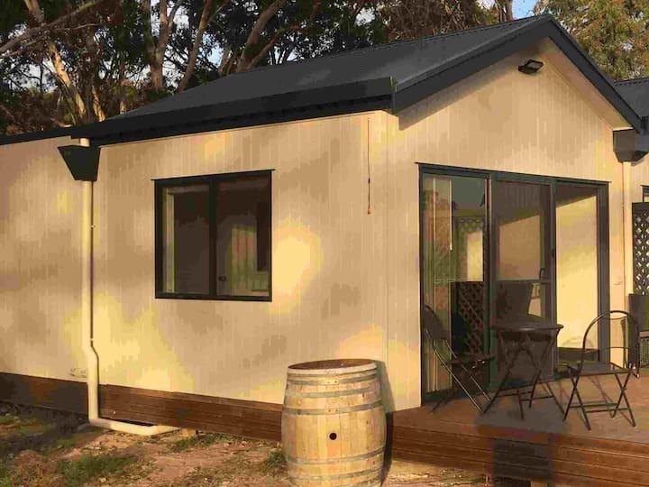 Coonawarra Cabins Unit 1