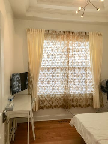 #4 Luxury newly renovate PRIVATE room free parking