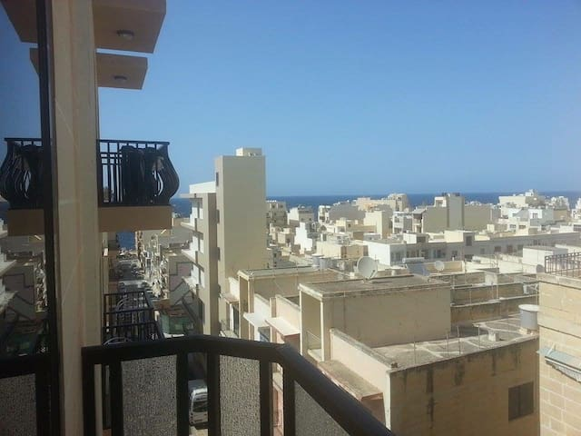 Sweet room with sea view and Wi- Fi - San Pawl il-Baħar - Leilighet