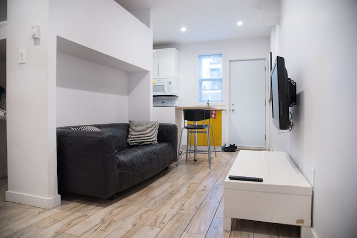 Animal-friendly loft in the heart of Hochelaga!