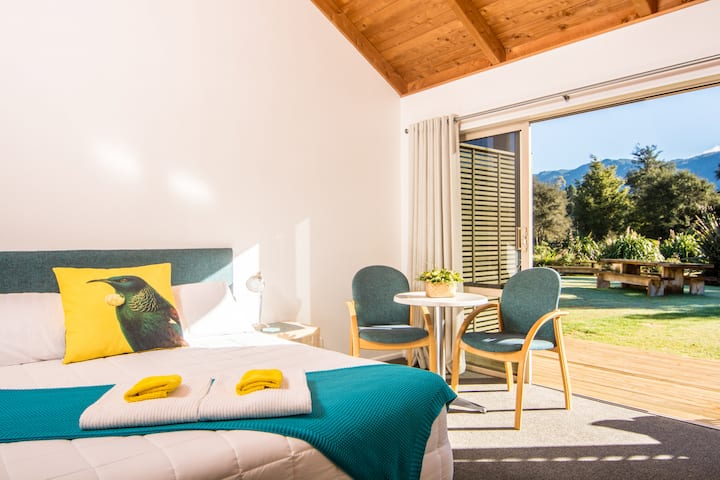 Award Winning Comfort in the Stunning Abel Tasman