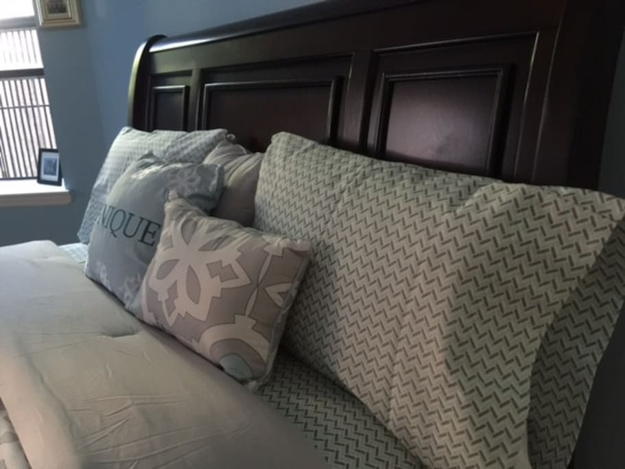 Comfortable New Queen Bed