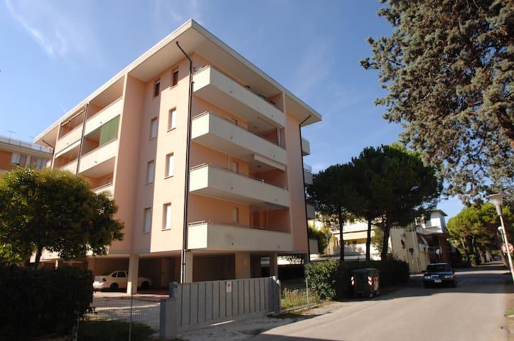 Condominio Arcobaleno 21B - Bibione - Apartment