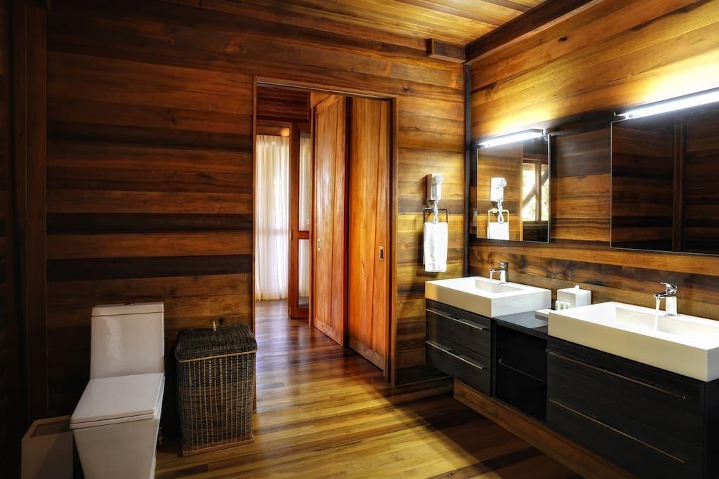 Zing-Zing Bathroom