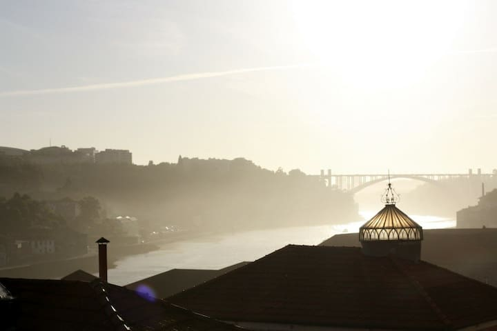 ..Sunny River View Room Porto Heart - Porto - Dům