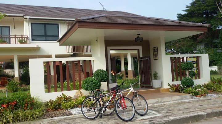 Cozy&Peaceful  guesthouse I, 1B@Rimtalay Angsila