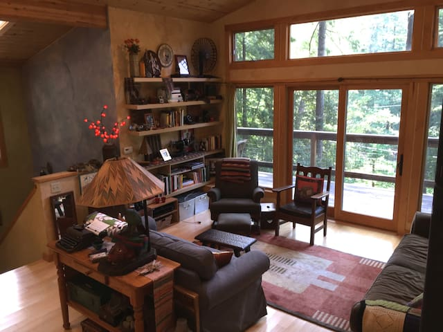 Sanctuary in the Redwoods - Cazadero - Casa