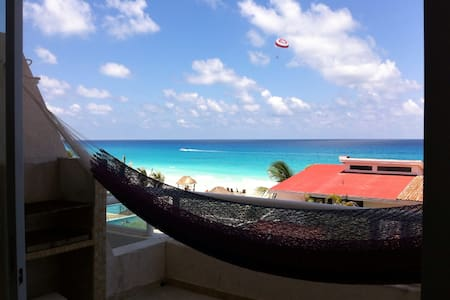 Cancún Seaview suite, Private Beach - カンクン