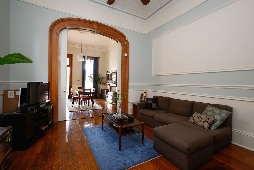 Charming 2br St Charles Ave Garden District Houses For Rent In New Orleans Louisiana