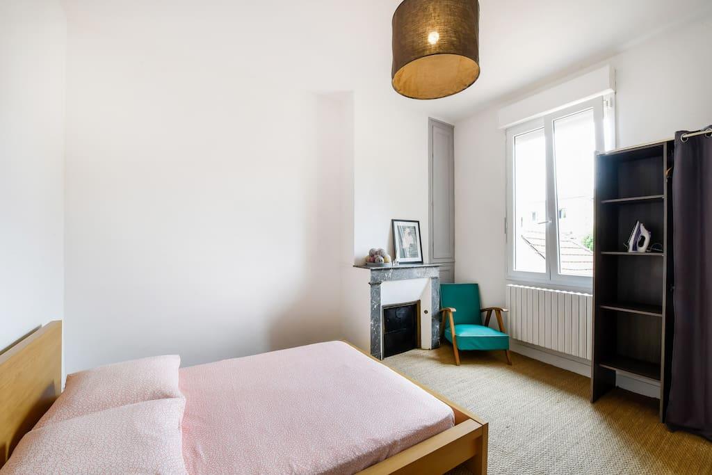 Bel appartement r nov proche du centre ville for Appartement centre ville bordeaux