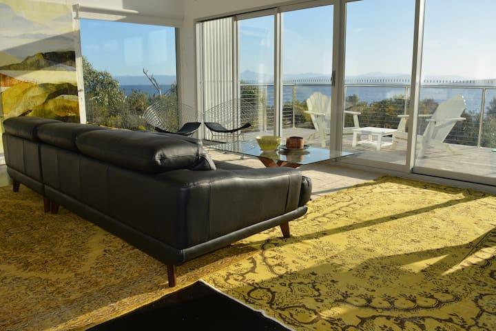 Arthouse Bruny Island waterfront luxury retreat