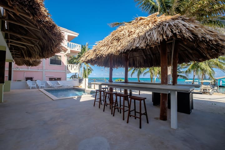 Ocean View King Suite #2 -The Palapa House