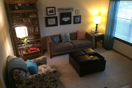 Our family friendly 3 BD/2 BA house has lots of room to comfortably fit everyone in the family. It's within walking distance to historic downtown Louisville, and a quick 10 min. drive to Boulder. Enjoy an eat-in kitchen, & 2 separate family rooms.