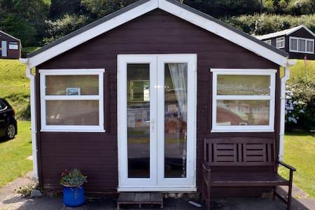 Chalet 52, Clarach Bay, Aberystwyth - Clarach - 牧人小屋