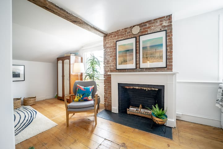 Sandbanks Loft, Mary Street Guesthouse