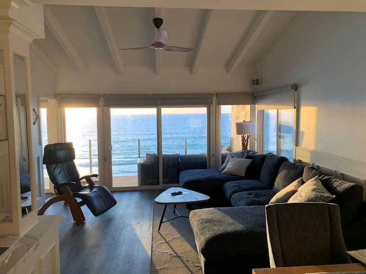 Newly Remodeled 3rd floor oceanfront corner unit.