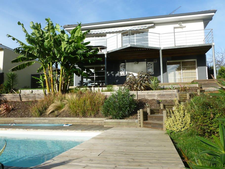 Villa avec piscine prox bordeaux h user zur miete in for Piscine lormont