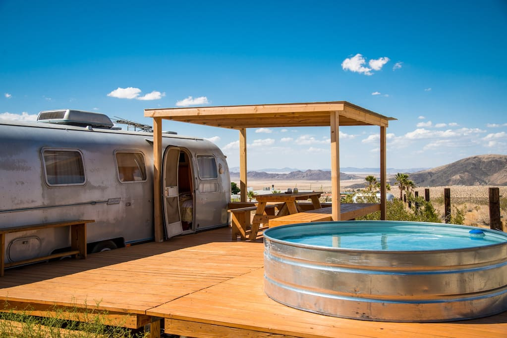 Airstream Travel Trailer >> The Land Yacht - Joshua Tree - Campers/RVs for Rent in ...