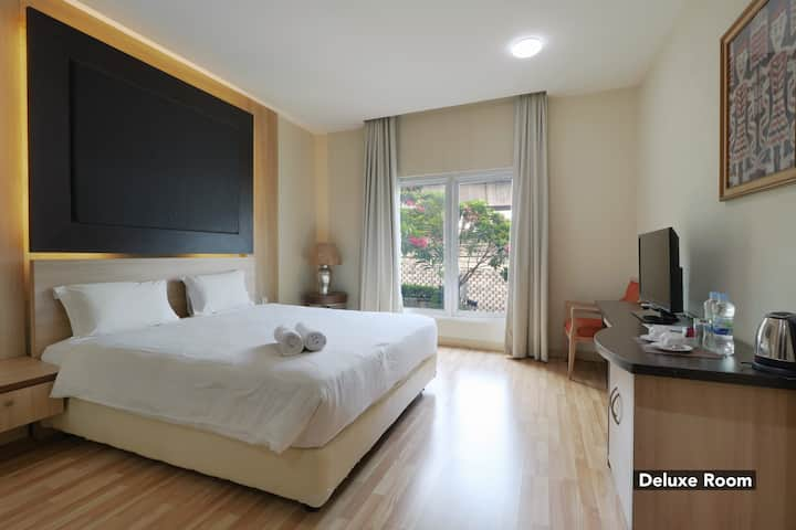 Amazing Room at Mutiara Suites