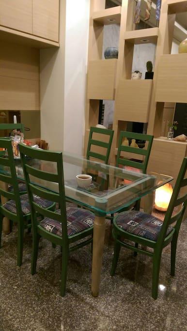 可供旅人使用之餐廳,乾淨舒適,ㄧ如家的溫暖自在