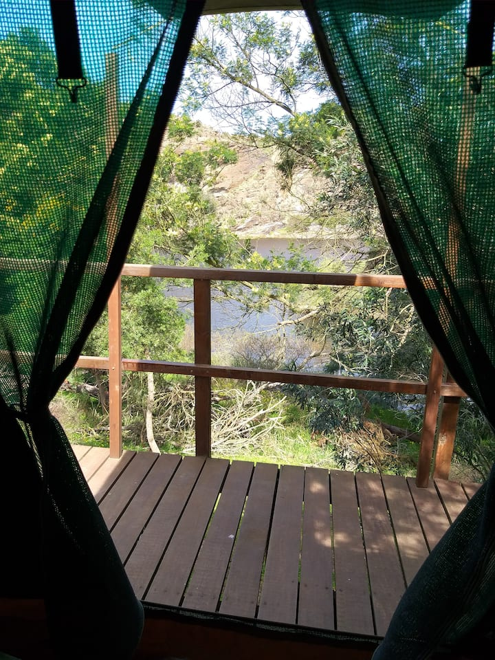 Break away and enjoy nature and the Breede River