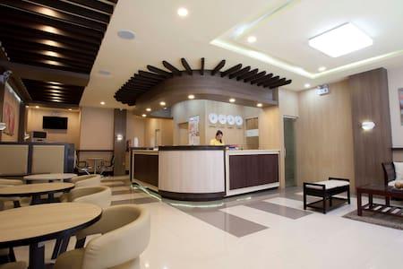 A Budget Friendly Hotel - Hotel 99