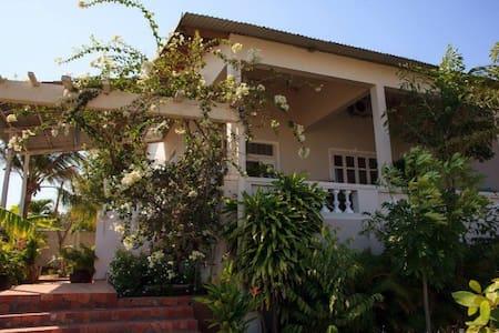 African Villa - ファンティエット - 別荘
