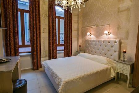 Renaissance  Suites - Rethimnon - Bed & Breakfast