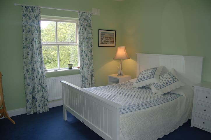 Rinneen House 2nd room Moycullen