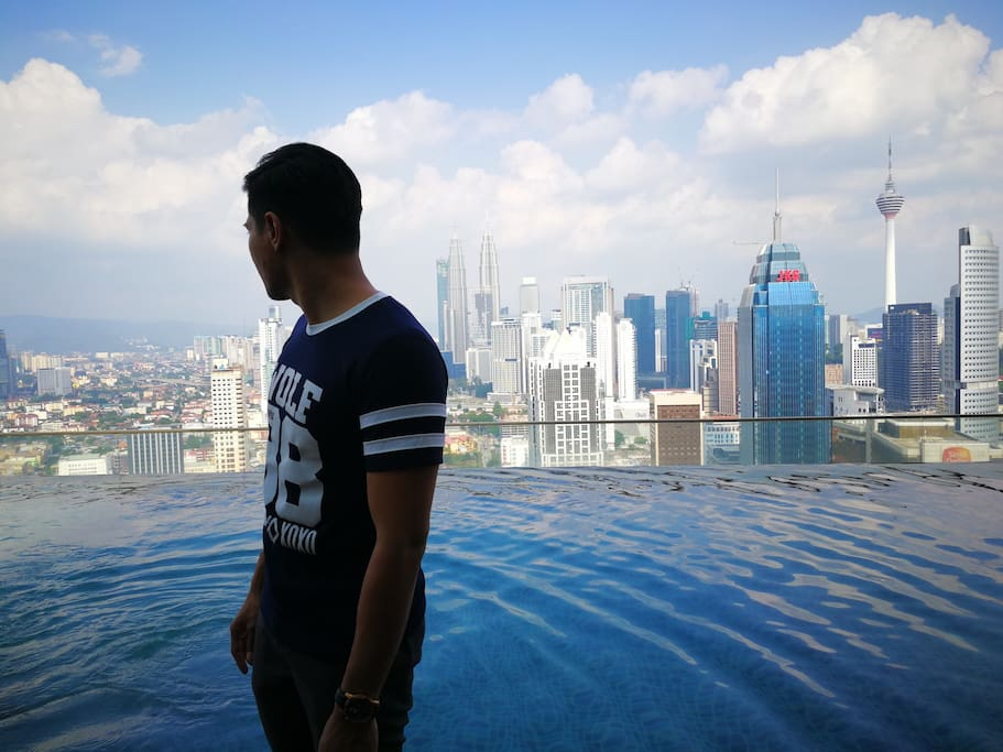 must visit spot if you come to Kuala Lumpur. Get grat picture here.