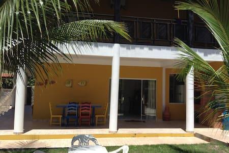 Guaibim, Valença-BA Linda Casa de frente a praia - Guaibim - Rumah