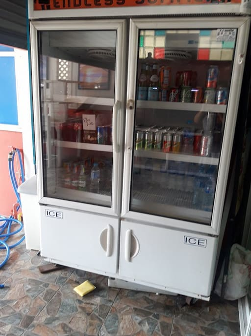 The old Restaurants drink fridge. You can stock with Beer, water and soft drink for your stay.