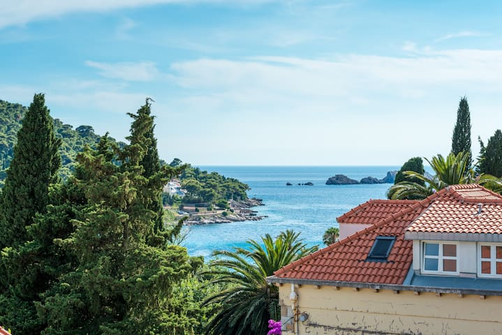 Apartment Sandra | Parking, Terrace with Sea View - Dubrovnik - Flat