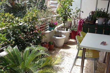 Φιλόξενο σπίτι σε όμορφη γειτονιά - Cholargos - อพาร์ทเมนท์