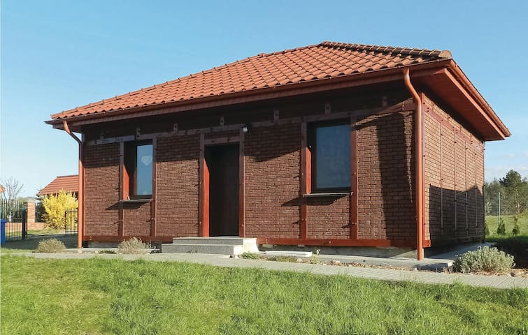 Holiday cottage with 2 bedrooms on 50m² in Glowczyce