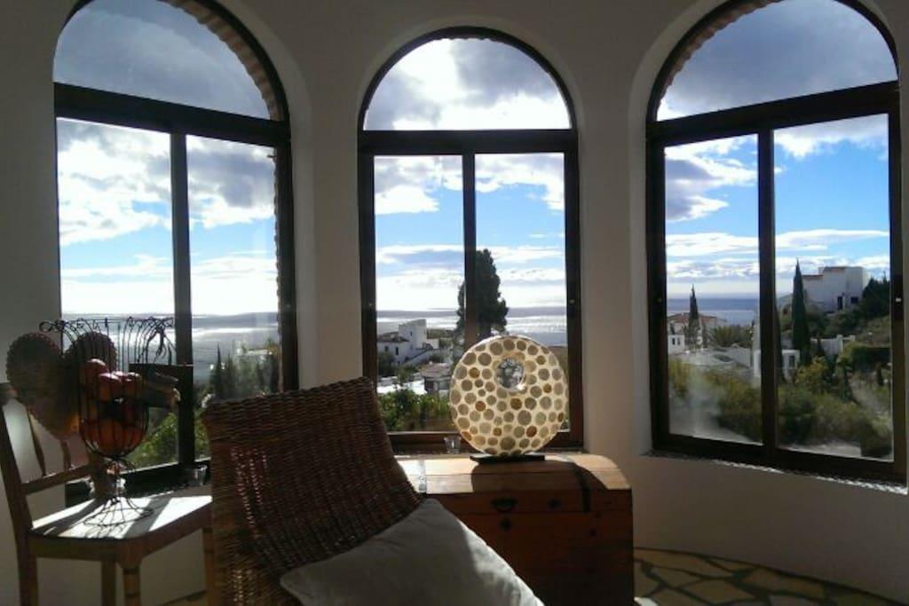 salobrena villa kunterbunt h user zur miete in salobre a andalusien spanien. Black Bedroom Furniture Sets. Home Design Ideas